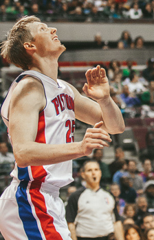 Detroit's Kyle Singler | Photo courtesy of Steffaville via wiki commons