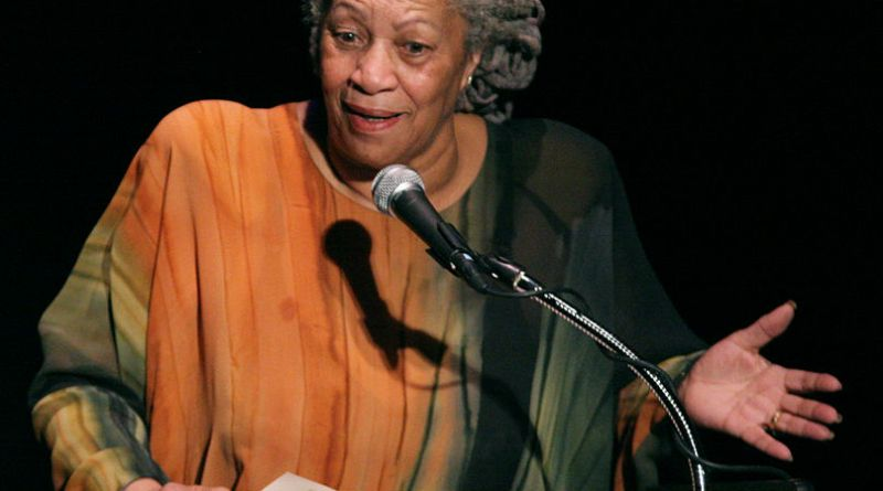 Toni Morrison | Photo courtesy of Entheta via Wikimedia Commons