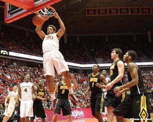 Royce White dunking. | Photo courtesy of Flickr user GoIowaState via Wikimedia Commons