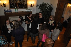 Students mingle at the Casa Italiana | Photo by Eden Weinberg