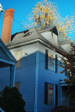 87 Linden was left uninhabitable. | Photo by Ashley Hansberry.