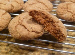 Vegan Apple Ginger Molasses Cookies