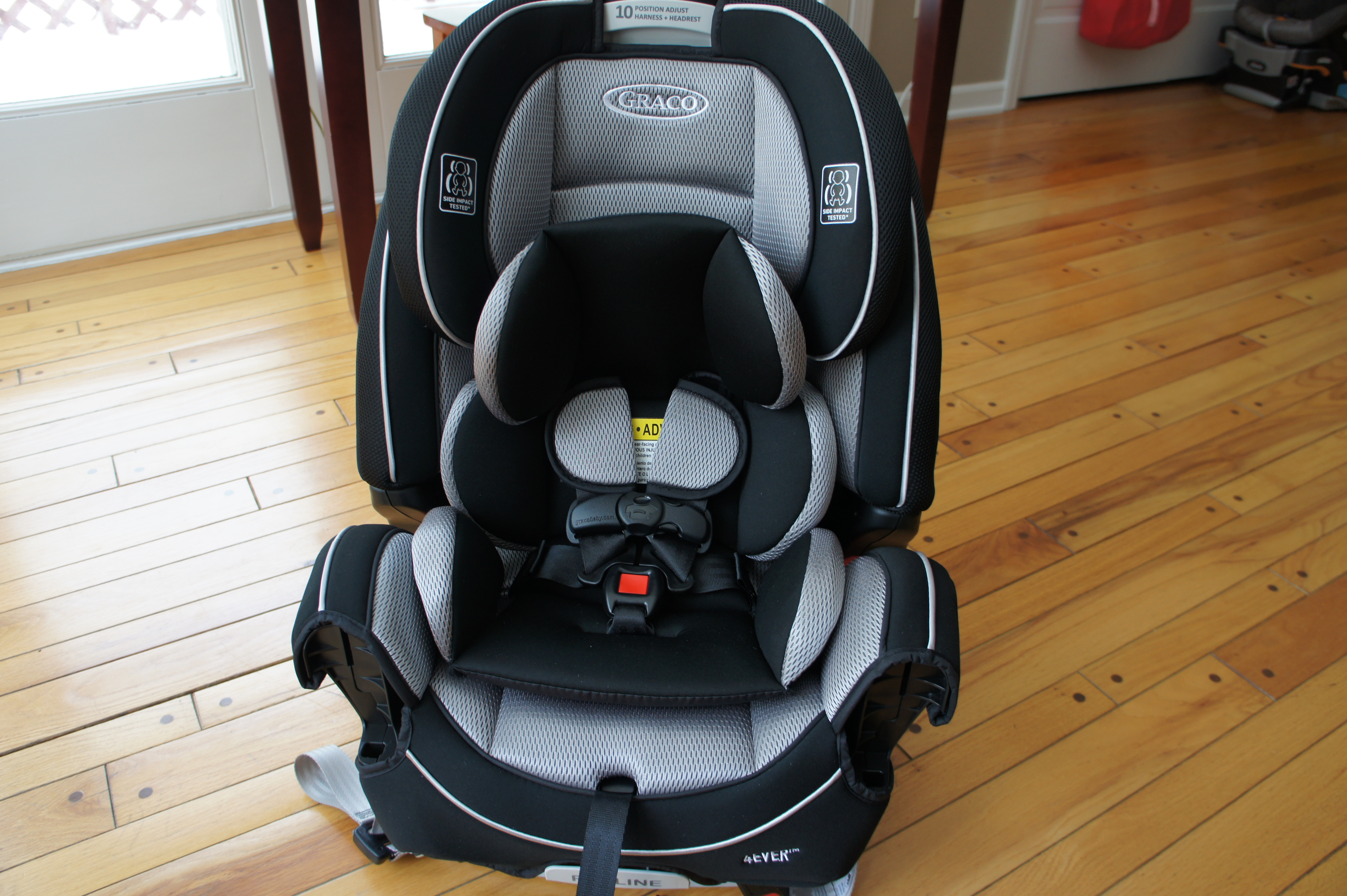 Parts for car seats likewise graco replacement parts for car -  Be Putting An Infant In Sitting Straight Up They Can T Sit Up Duh Or Facing Forward Using The 6 Position Recliner Adjustment You Easily Move The Seat
