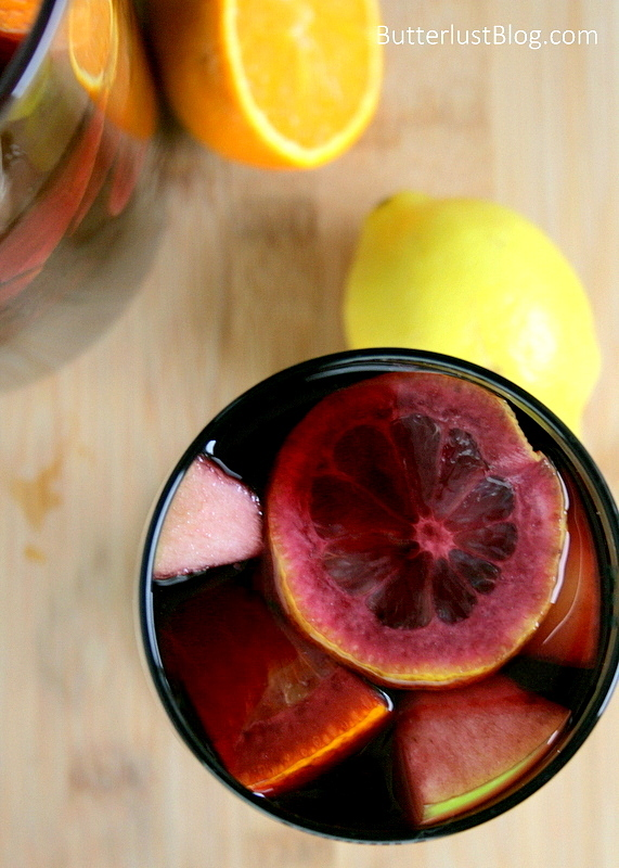 Classic Sangria {Butterlust Blog}