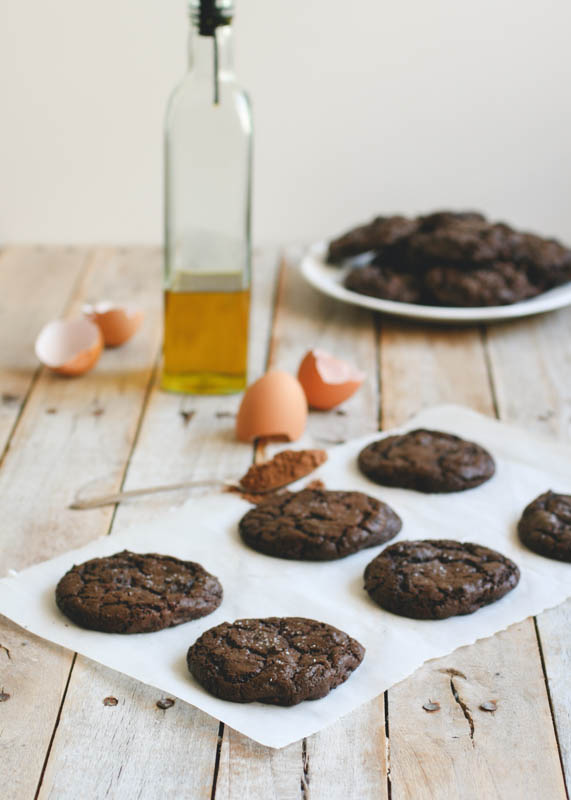 Olive Oil & Sea Salt Brownie Cookies // butterlustblog.com
