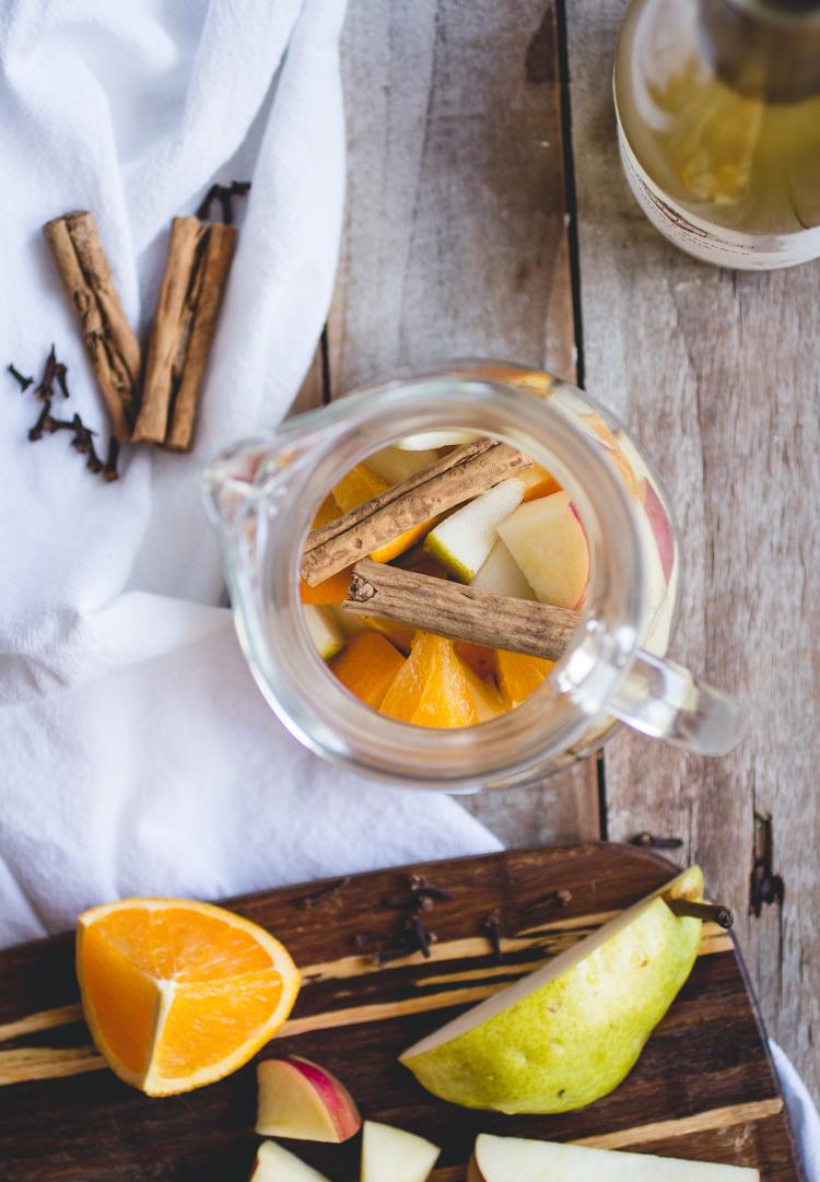 Citrus-Vanilla Apple Cider Sangria // butterlust.com @butterlustblog