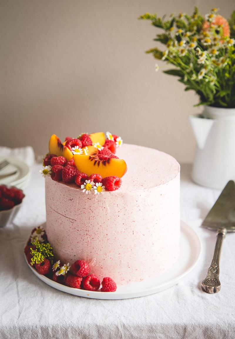 Almond Cake with Peach + Mascarpone Filling & Raspberry Buttercream // @butterlustblog, butterlust.com