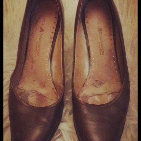 Brown leather pumps 1