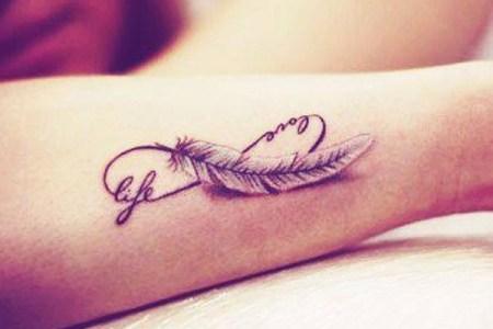 40 cute tiny tattoo ideas for girls 4