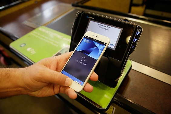 Apple and Alibaba plan to rollout Apple Pay in China together