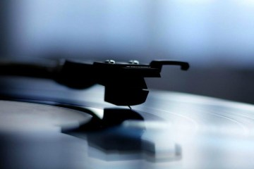 Spotify and vinyl records emerge as 2014's music victors