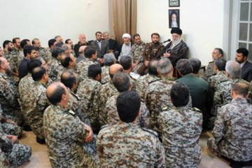 Ayatollah Kamenei talks to troops