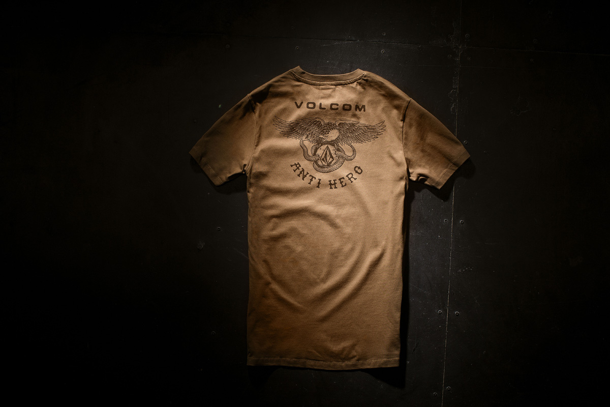 A0131606_MUD_MERCH_002
