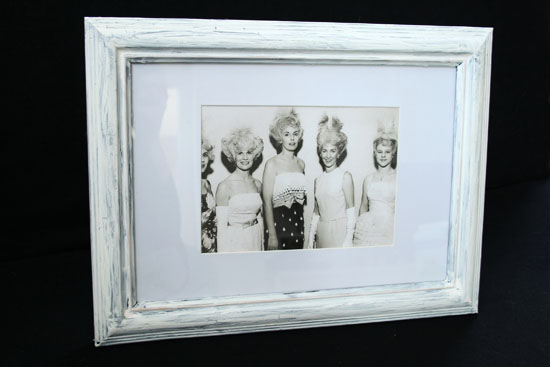 diy making a new frame look old by wilma