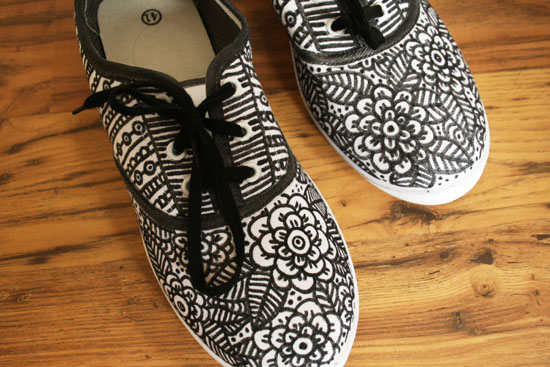 diy doodle shoes after