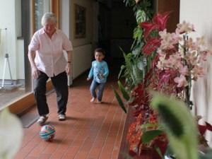 Oma-Fussball2