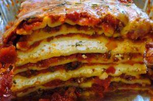 <i>A Christmas lasagna.</i>