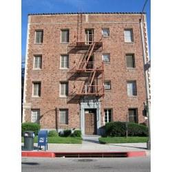 Traditional Brick Apartment Pasadena By Kevitivity Brick Apartment Pasadena Pasadena Flickr Small Apartment Building Brooklyn Ny Nj