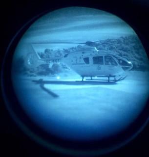 Un EC135 de SESCAM visto desde unas NVGs