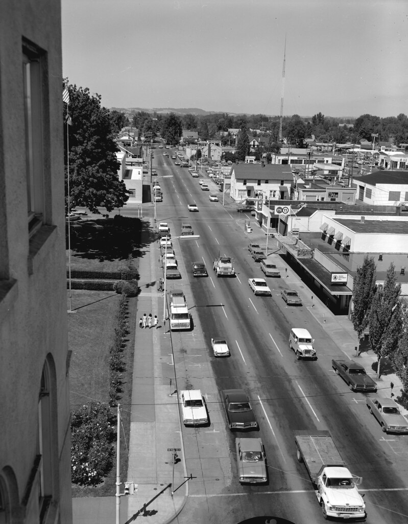 Manly Looking North On Street By Osu Collections Archives View Looking North On Street Original Flickr 4th Street Commons Office Hours 4th Street Commons Apartments Miami View houzz-02 4th Street Commons