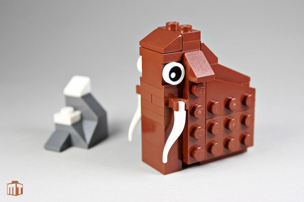 LEGO mammoth by Jens Ohrndorf on Flickr