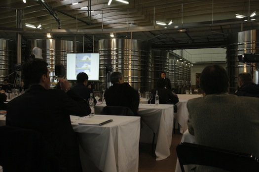 Tasting of early 2009 vintage bordeaux wine