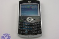 Motorola Q9 with Wi-Fi - Image 2 of 8