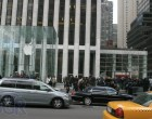 iPad 2 Launch – Fifth Avenue Apple Store - Image 4 of 4