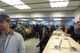 Live from 5th Ave Apple Store unveiling - Image 43 of 47