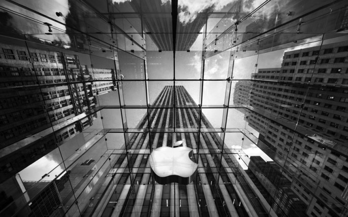 Apple 7-For-1 Stock Split