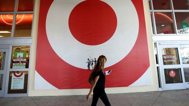 Target Hackers Credentials Theft
