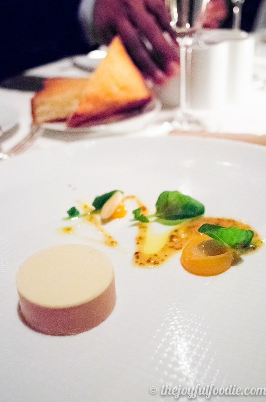 Restaurant review plus tips on getting a reservation at The French Laundry!