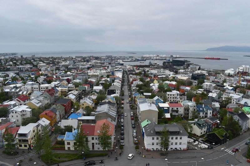 2/5 Reykjavik