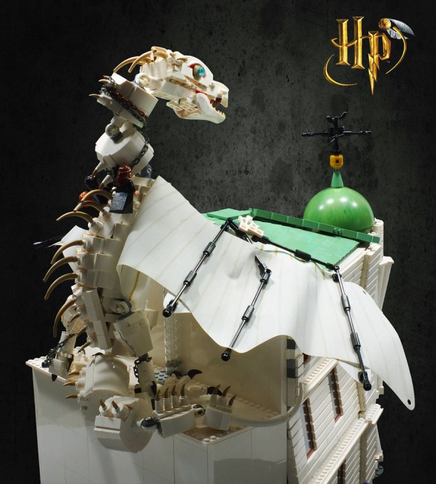 LEGO® Harry Potter: Escape from Gringotts!