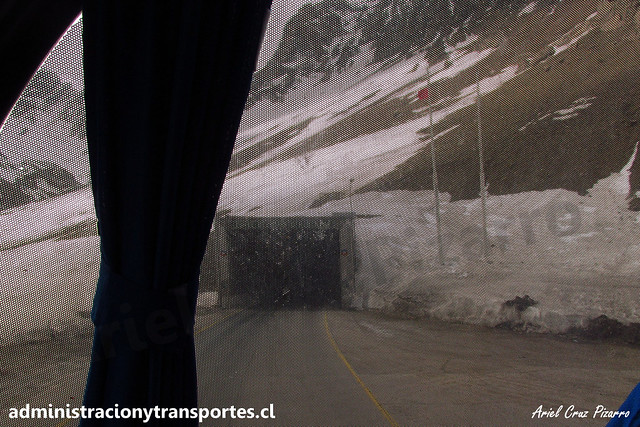 Túnel Cristo Redentor / OXG574