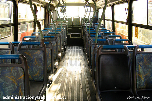 Transantiago C   Redbus   Comil Svelto - Mercedes Benz / UF7702
