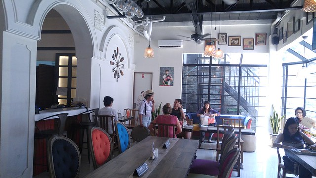 Tambayan Hostel & Gastrobar