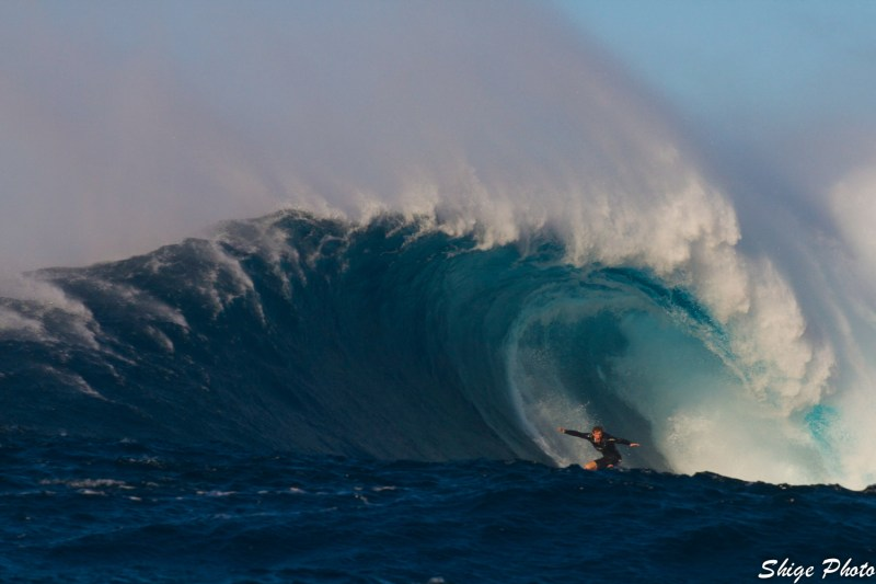 Gavin Shige - Screaming down the line at Jaws