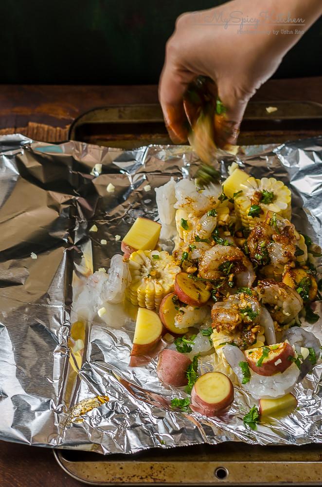 Bakeathon, Blogging Marathon, One Pot Dish, One Pot Meal, One Foil Packet Meal, Broiled Shrimp boil foil packet, Grilled Shrimp Boil Foil Packet, Broiled Shrimp Packet, Grilled Shrimp Packet, Shrimp, Grilled Shrimp,  Broiled Shrimp, Prep Shot, Hands in Food,