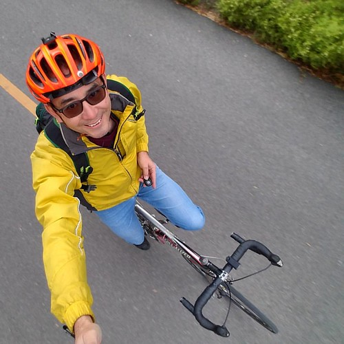 Sky pandas like this are easy with the @Xshot deluxe selfie stick with Bluetooth remote.  Watch for a review soon at Cyclelicious. Shot during this morning's #bikecommute in San Jose California. Yes, I realize my helmet is broken; my birthday is Thursday