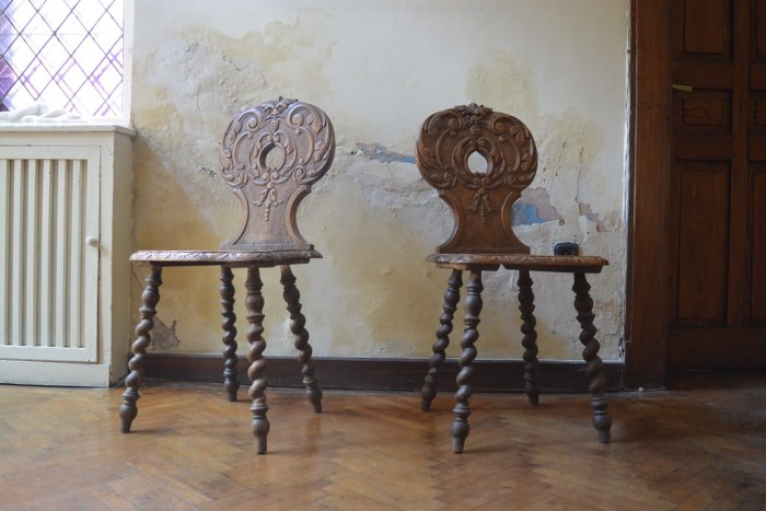 Chairs in Villa Storck