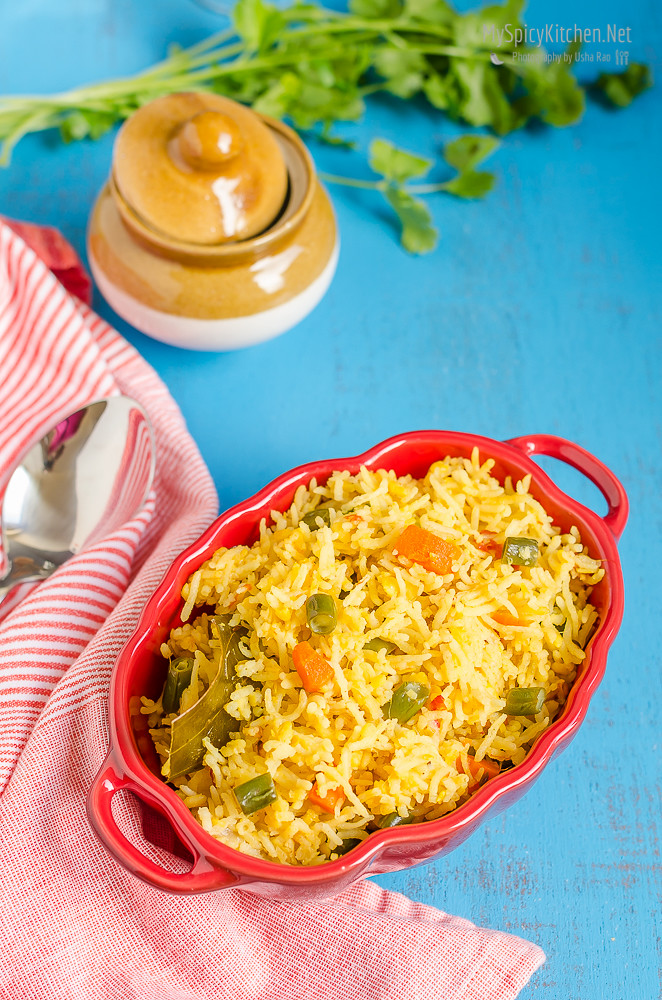 Moong dal vegetable rice khichdi myspicykitchen blogging marathon cooking carnival protein rich food cooking with protein rich ingredients ccuart Choice Image