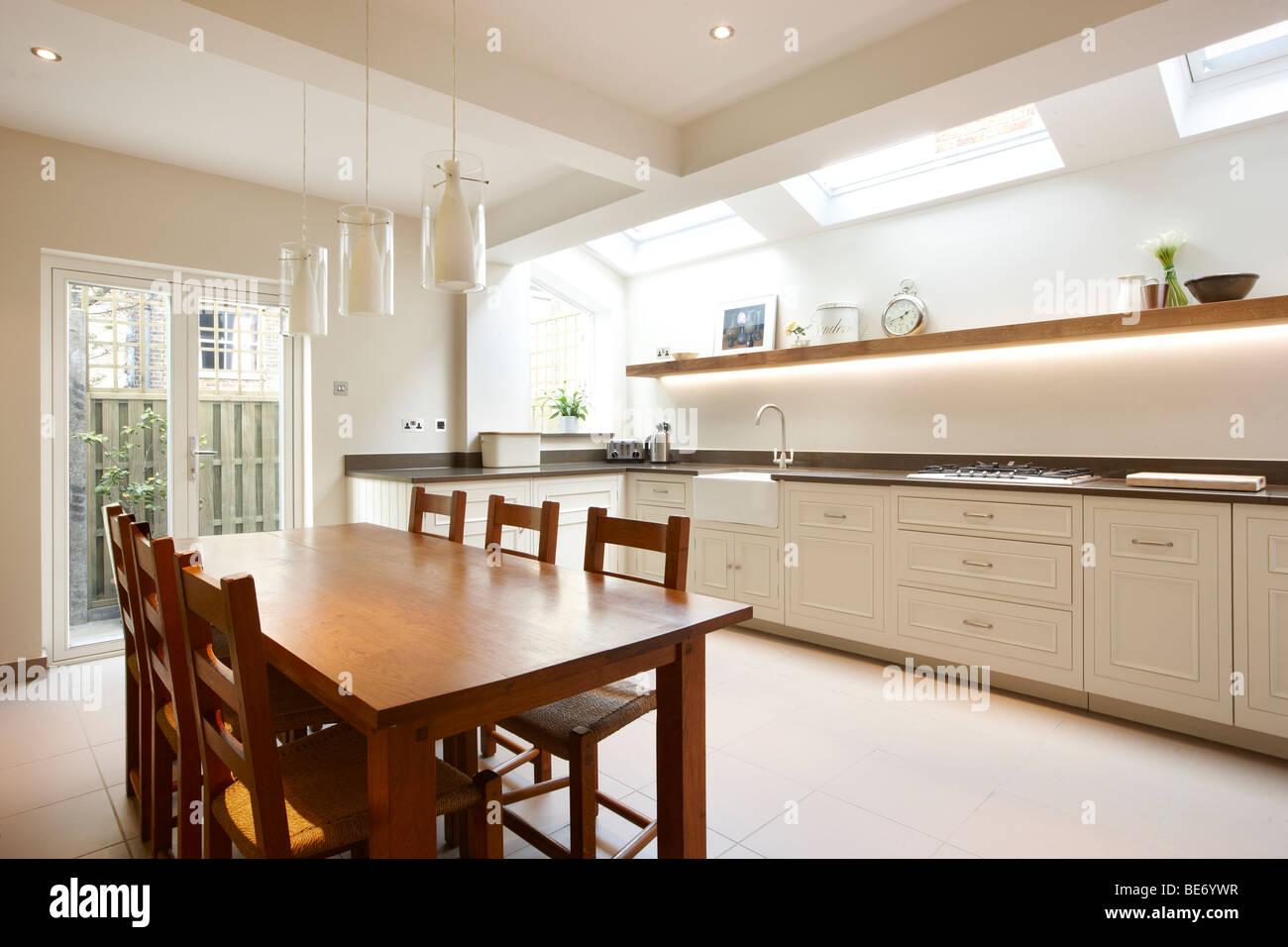 kitchen side extension london terrace oak table skylights velux feature BE6YWR