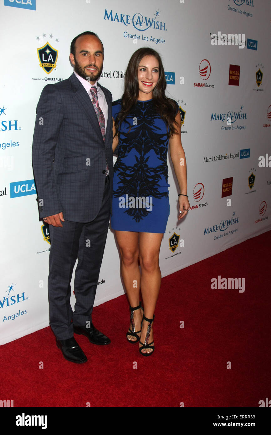 Make A Wish Foundation  The Wishing Well Winter Gala Featuring Stock     Make A Wish Foundation  The Wishing Well Winter Gala Featuring  Landon  Donovan  Hannah Bartell Where  Beverly Hills  California  United States  When  03 Dec
