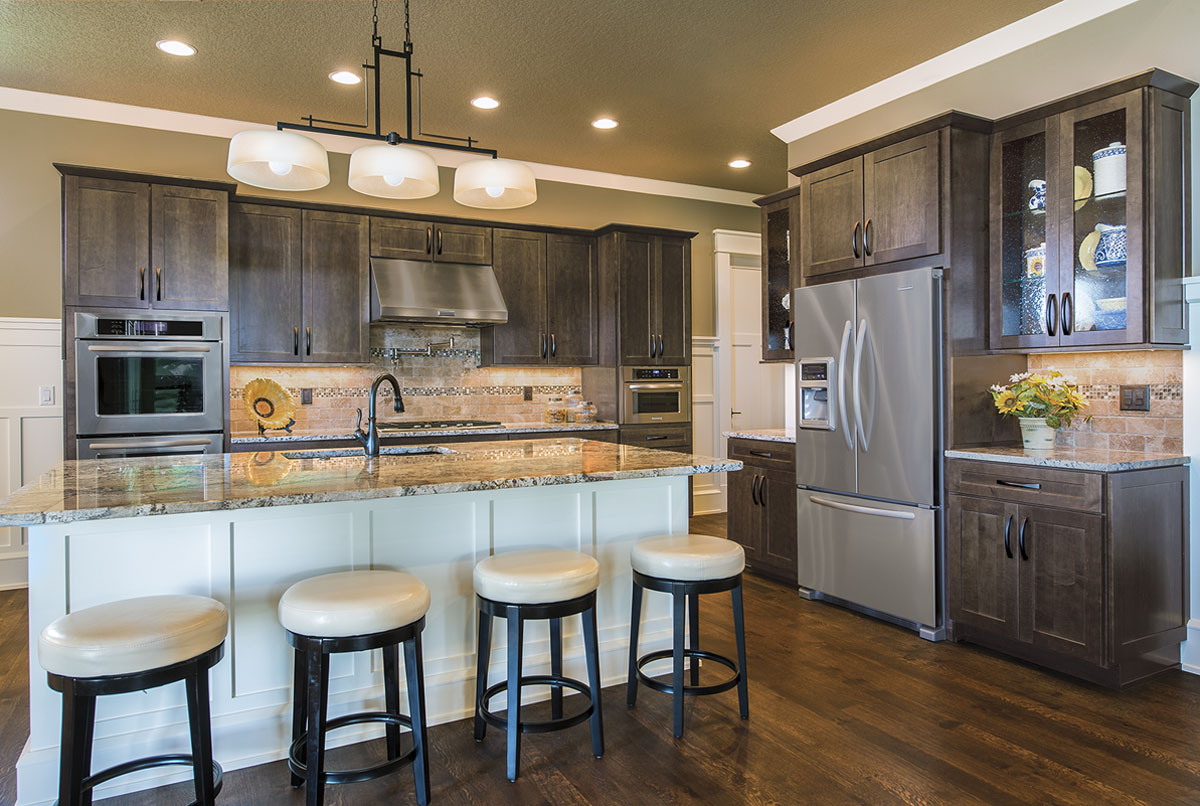 Comely Black Counters Maple Kitchen Cabinets Lowes Trevino Maple Kitchen Cabinets Mi Cabinets Maple Kitchen Cabinets houzz-02 Maple Kitchen Cabinets