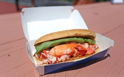 Soulful Now Sells Lobster Rolls New England Mcdonald S New Sandwich Sriracha Mcdonald S New Breakfast Sandwich Calories New England Now Sells Lobster Rolls