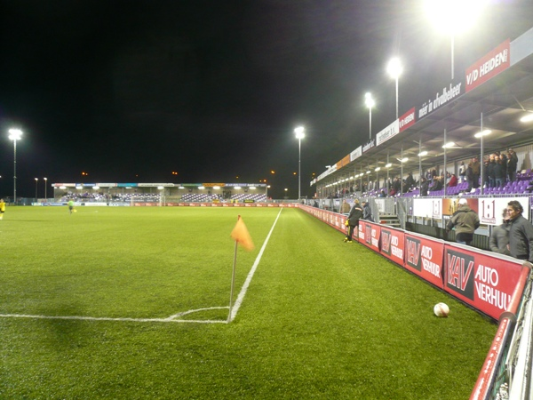 name yanmar stadion city almere capacity 3200