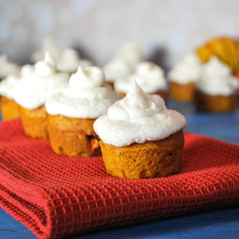 pumpkin-butterscotch-cupcakes-5