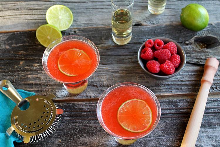 Raspberry-Tequila-Gimlet-..
