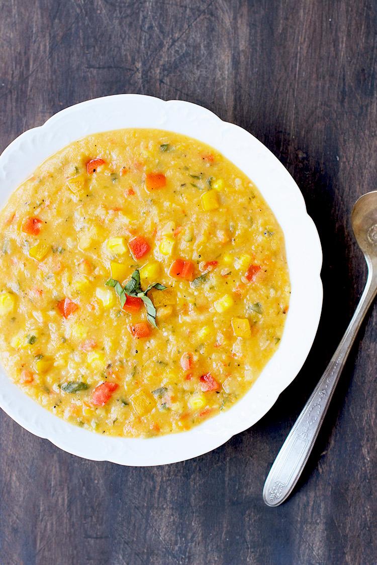 Roasted-Pepper-Yellow-Split-Pea-Soup